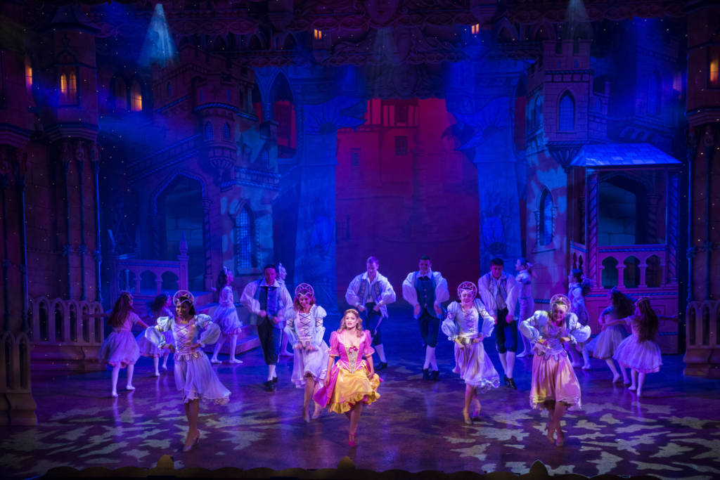 Beauty and the Beast Pantomime | Theatre Royal Nottingham